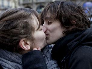 Beijo na boca pode ajudar a identificar agressores sexuais Foto: philippeleroyer/Flickr