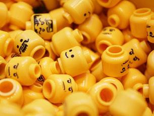 """Segundo os investigadores, os temas das edições de Legos vendidas """"têm"""