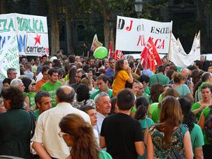 Os jovens espanhóis lutam por direitos que os jovens portugueses também exigem Foto: Belecantero/Flickr