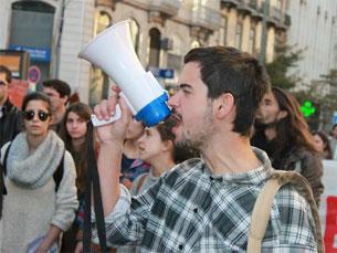 2 de abril os jovens estudantes do Ensino Superior saem à rua para mais protestos Foto: DR