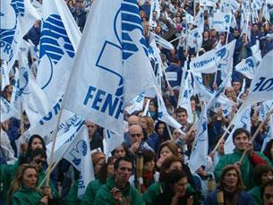 Professores marcham este sábado em contestação das políticas do Governo. Foto: FENPROF