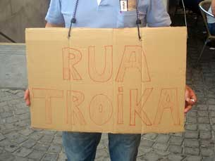 Os cartazes marcaram a manifestação de 15 de setembro Fotos: Pedro Maia
