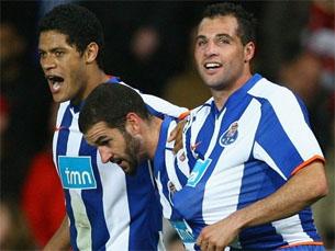 Jogadores portistas celebram o segundo golo em Old Trafford Foto: UEFA