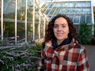 """Maria Cruz trabalha nas áreas de astronomia, astrofísica e ciências planetárias da revista """"Science"""" Foto: DR"""