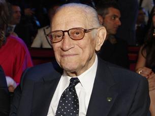 Mário Moniz Pereira é conhecido por ter sido professor, atleta, treinador e, também, autor de várias canções Foto: DR