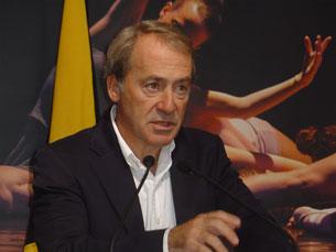 Luís Filipe Menezes, candidato à Câmara do Porto, quer criar dois prémios internacionais para a cidade Foto: Melissa Mota/Arquivo JPN