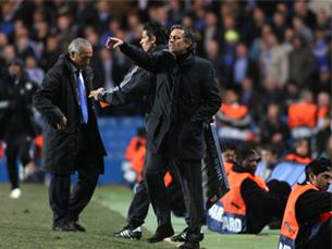 A vitória sobre o Liverpool coloca o Chelsea de José Mourinho a 90 minutos da final de Glasgow Foto: DR