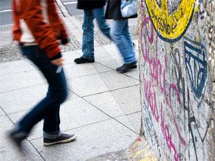 Uma parte do Muro de Berlim em exposição na Potsdamer Platz Foto: Ricardo Romanoff/Flickr