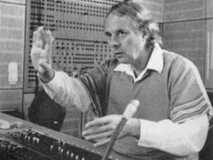 Nos anos 50 Stockhausen começou a criar sons electrónicos em estúdio Foto: DR