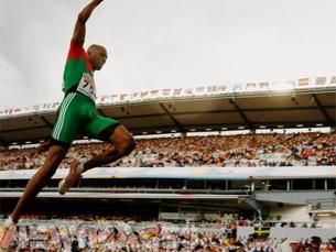 Nélson Évora conseguiu a primeira medalha de ouro para Portugal, depois da prata de Vanessa Fernandes Foto: Federação Portuguesa de Atletismo