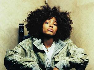 Nneka foi a figura principal de uma noite de intervenção política Foto: DR