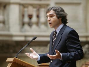Desemprego nos licenciados é reflexo da forma como Bolonha está pensada, diz Nuno Melo Foto: CDS