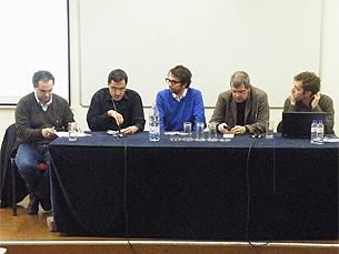 Amílcar Correia, à direita, esteve na mesa de debate dedicado à observação de novos modelos de negócio Foto: Aline Flor