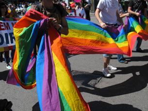 Estiveram presentes entre 200 a 300 pessoas na terceira Marcha do Orgulho LGBT no Porto Foto: Tiago Dias