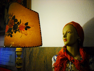 Na coleção, predominam os brinquedos antigos e peças de decoração Foto: Vera Quintas