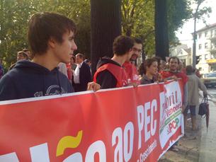 Dezenas de militantes do PCP concentraram