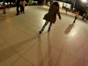 Quem não souber patinar pode sempre pedir a orientação do monitor Foto: DR