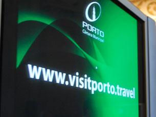 """O """"Visit Porto"""" pode ser alimentado através de várias redes sociais Foto: Daniel Cerejo"""