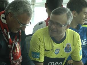 Adeptos do FC Porto e Sp Braga encheram o aeroporto Francisco Sá Carneiro Foto: Nélson Quintão