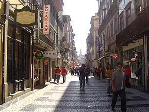 A crise e a austeridade afetaram comerciantes e consumidores Foto: Arquivo JPN
