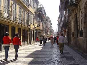 Portuenses são cépticos quanto à reabilitação dos centros comerciais Foto: Joana Caldeira Martinho/ Arquivo JPN