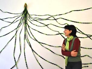 Susana Ribeiro é fã de barbies e serpentes, conceitos que usa sempre nos seus trabalhos Foto: JPN