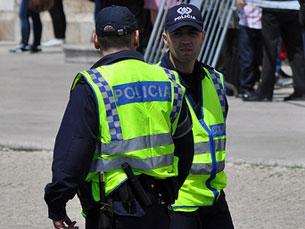 """Apesar dos incidentes, a manifestação prosseguiu por prevalecer o """"direito de manifestação dos cidadão"""" Foto: Oscar in the middle/Flickr"""