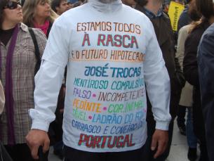 """13 jovens foram detidos no protesto da """"Geração Nini"""" Foto: Teresa Castro Viana"""