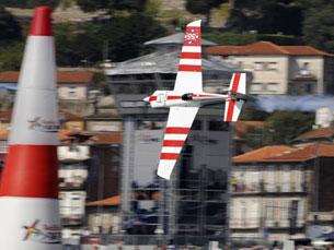 Grande polémica em torno do Red Bull Air Race Foto: Mário Filipe/Arquivo JPN