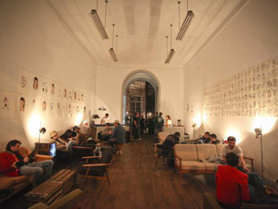 O armazém n.º 70 na Rua Cândido dos Reis virou espaço cultural na cidade do Porto Foto: DR