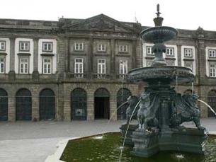 O evento vai ter lugar na Reitoria da UP, na Praça dos Leões Foto: Arquivo JPN