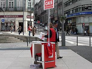 O número de pessoas a pedir ajuda à CAIS aumentou de 2011 para 2012 Foto: Arquivo JPN