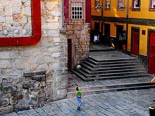 Projecto abrange a zona que vai da ponte D. Luís I até à Igreja de S. Francisco Foto: Luís Pedro Carvalho