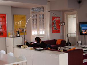 O Rivoli Cinema Hostel situa