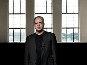Rodrigo Leão é um dos principais compositores portugueses que, recentemente, viu o seu trabalho ser reconhecido com um convite para assinar a banda sonora de um filme norte