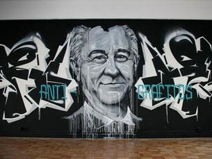 """Frederico """"Draw"""" é um dos artistas do mural Foto: RUA"""