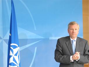 Jaap Scheffer anunciou a redução de contactos com a Rússia na sequência da invasão da Geórgia Foto: OTAN