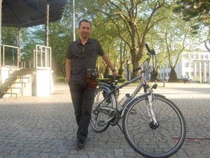 Ciclistas urbanos são os modelos fotográficos de Sérgio Moura Foto: Tânia Monteiro