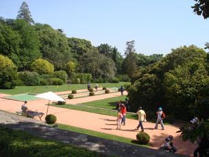 Os jardins de Serralves foram um dos locais de passagem dos visitantes Foto: Daniel Reifferscheid