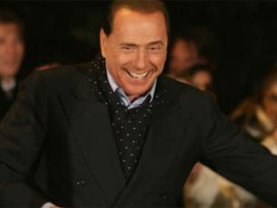 Berlusconi eleito pela terceira vez, com 47% dos votos Foto: DR