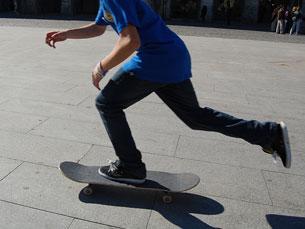 O Go Skateboarding Day é celebrado pelas ruas do Porto Foto: Tânia Monteiro
