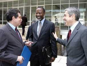 Acordo entre o Estado português e o MIT foi assinado em Outubro do ano passado Foto: Ricardo Oliveira