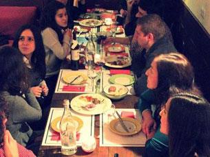 Table&Friends junta vários desconhecidos à mesa, e também alguns famosos Foto: DR