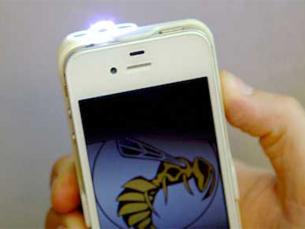 Agora já é possível ter uma capa com taser no seu smartphone Foto: DR