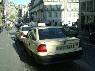 Em breve, vai ser possível chamar um táxi através do smartphone Foto: Marta Portocarrero