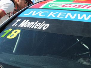 Tiago Monteiro não foi além do 9.º lugar, que, ainda, assim, lhe garantiu dois pontos Foto: Simão Freitas