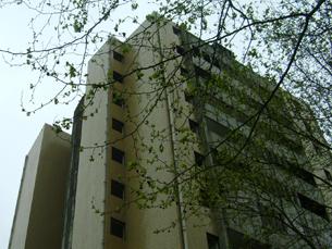 Em vésperas da demolição da torre 4 do Aleixo, as opiniões dos moradores do bairro divergem Foto: Eduardo Aranha