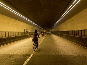 Os automóveis não vão passar no túnel nas noites de 11 a 17 de abril Foto: guilherme appolinário/Flickr