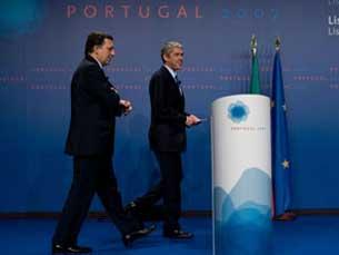 """Sócrates diz que o acordo permite ultrapassar """"o impasse de muitos anos"""" Foto: UE"""