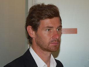 """O Chelsea """"bateu"""" a cláusula de rescisão de 15 milhões de euros e leva o técnico português para Londres Foto: Daniel Cerejo"""
